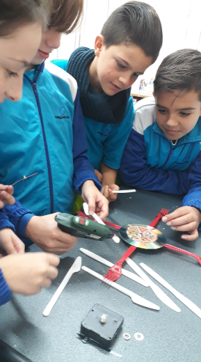 Students from St. Theresa College, Msida Primary School took up the Financial Literacy Challenge and prepared clocks from recycled material. They marketed their product, sold it and used the profit to buy groceries for a group of elderly in the community.