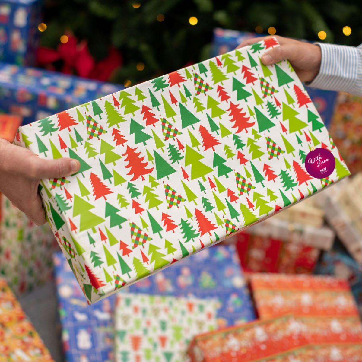 Bank of Valletta donates gifts to 200 children